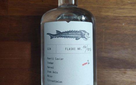 Caviar gin